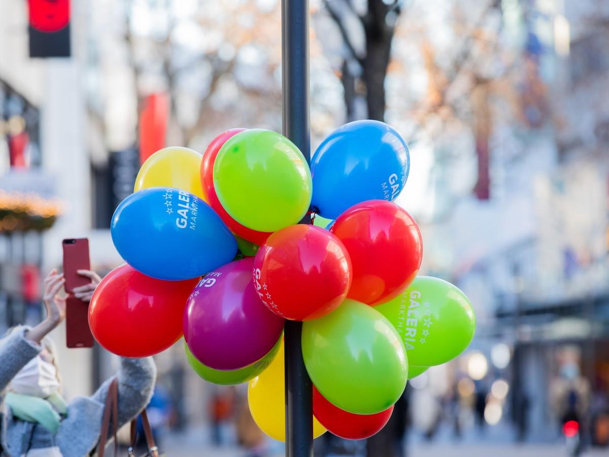 Knallen lassen luftballons Ballon Knallen