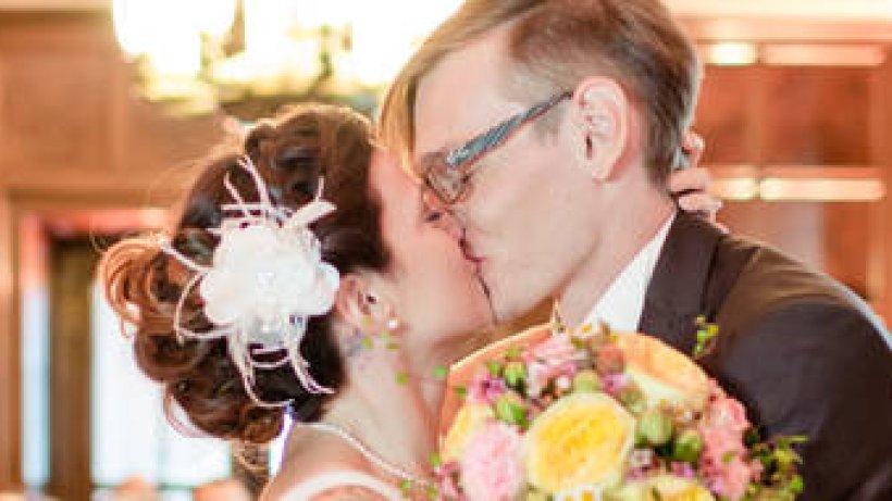 Thuringer Paar Heiratet Bei Vox Er Ist Mein Fels In Der