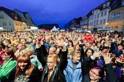 Pflaumenblütenfest in Mühlhausen | Land und Leute