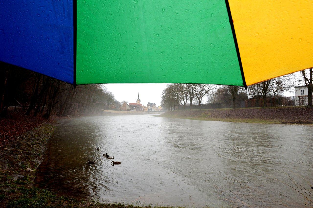 Am Gera-Langenberger Pegel der Weißen Elster betrug der Wasserstand am Mittwochvormittag 1,87 Meter.