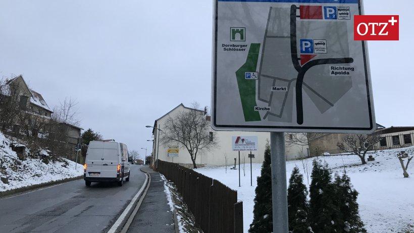 Neu-Parkleitsystem-f-r-Dornburg-Touristen