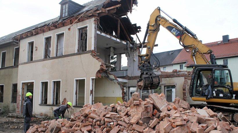 Ehemalige Berufsschule in Rudolstadt verschwindet - Ostthüringer Zeitung